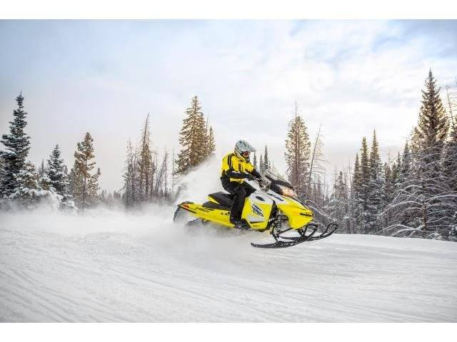 2017 Ski-Doo MXZ TNT 600 H.O. E-TEC in Hillman, Michigan