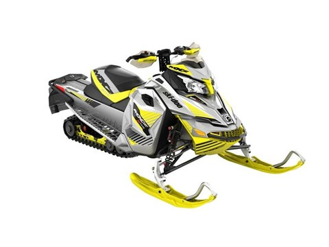 2017 Ski-Doo MXZ X-RS 800R E-TEC Ripsaw in Waterbury, Connecticut
