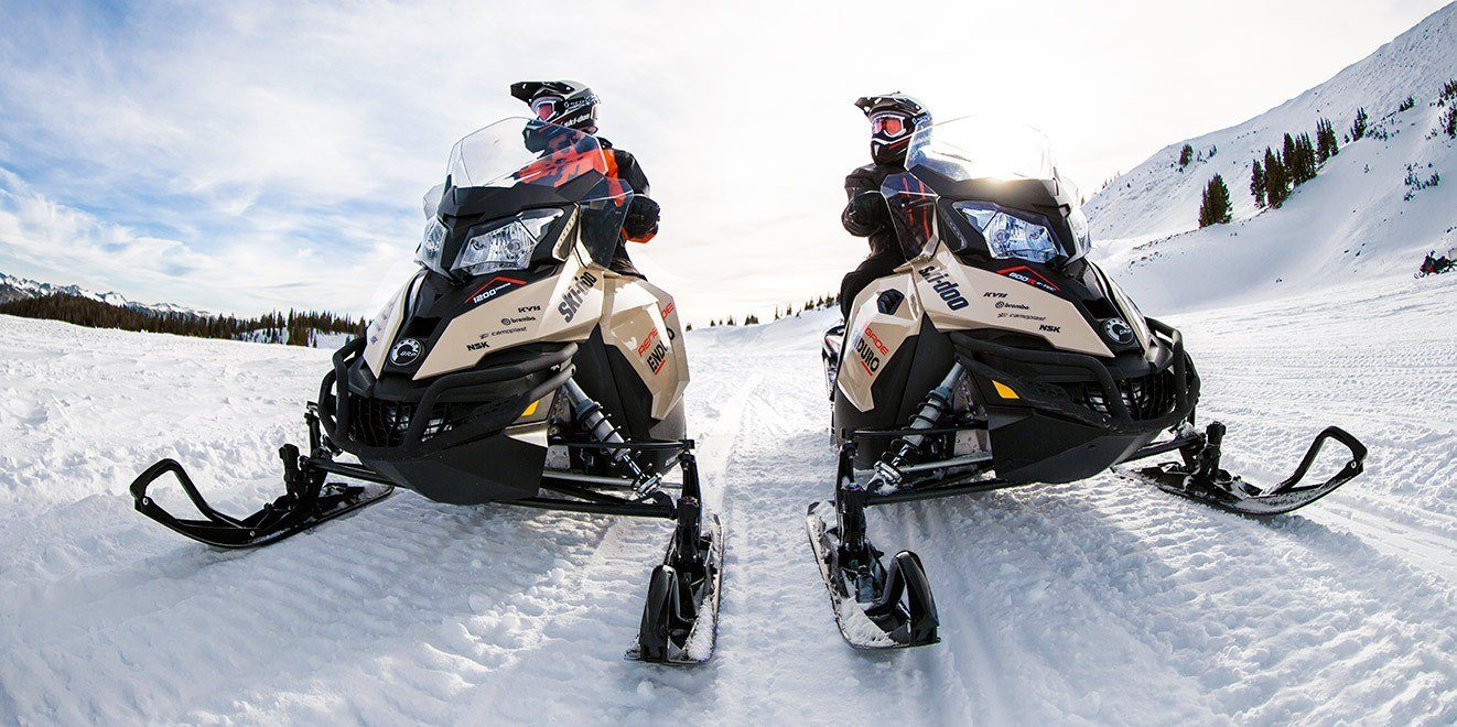 2017 Ski-Doo Renegade Enduro 800R E-TEC E.S. in Barre, Massachusetts