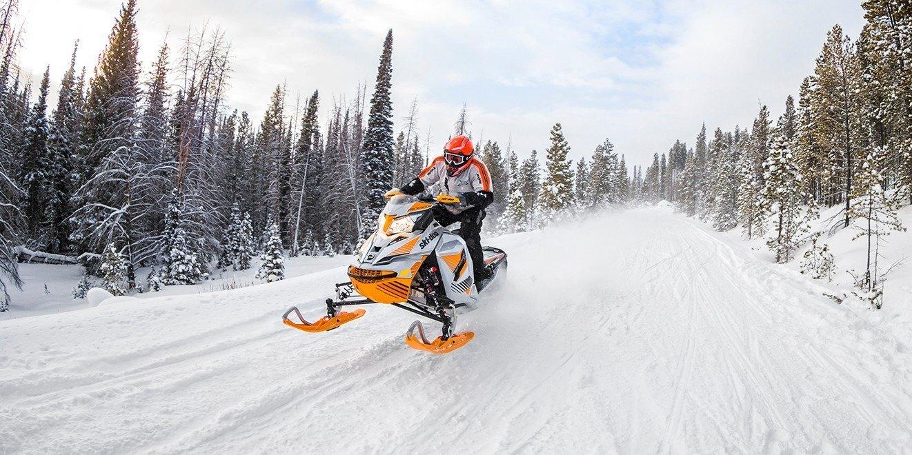 """2017 Ski-Doo Renegade X-RS 800R E-TEC E.S. w/Adj. pkg. Ice Cobra 1.6"""" in Wasilla, Alaska"""