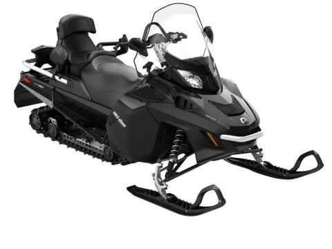 2017 Ski-Doo Expedition LE 1200 4-TEC in Waterbury, Connecticut