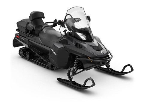 2017 Ski-Doo Expedition SE 900 ACE in Waterbury, Connecticut