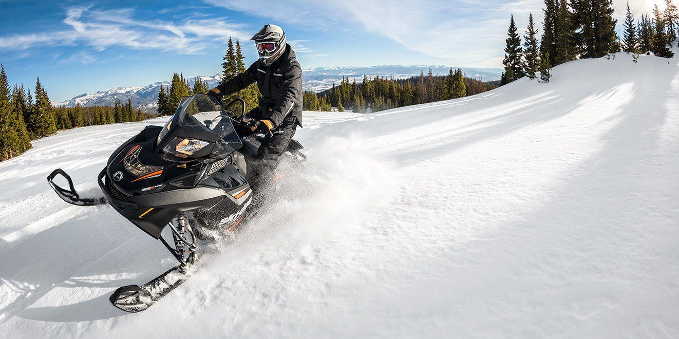 2017 Ski-Doo Expedition Xtreme 800R E-TEC in Hanover, Pennsylvania