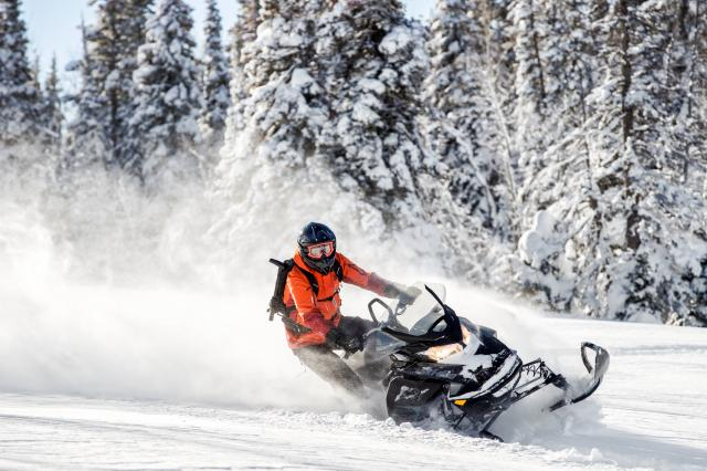 2018 Ski-Doo Renegade Backcountry 850 E-TEC in Concord, New Hampshire