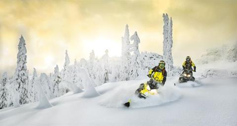2018 Ski-Doo Summit SP 154 600 H.O. E-TEC ES in Presque Isle, Maine