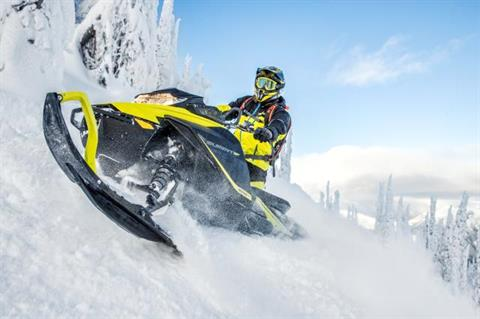 2018 Ski-Doo Summit SP 154 850 E-TEC SS, PowderMax Light 2.5 in Sierra City, California