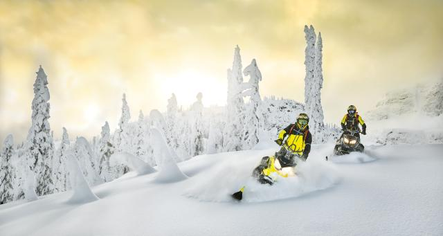 2018 Ski-Doo Summit SP 154 850 E-TEC SS, PowderMax Light 3.0 in Portland, Oregon - Photo 17