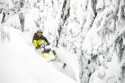 2018 Ski-Doo Summit SP 165 850 E-TEC SS, PowderMax Light 3.0 in Bemidji, Minnesota