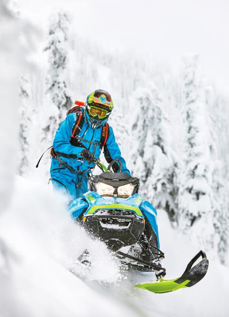 2018 Ski-Doo Summit X 165 850 E-TEC ES, PowderMax Light 2.5 S_LEV in Sierra City, California