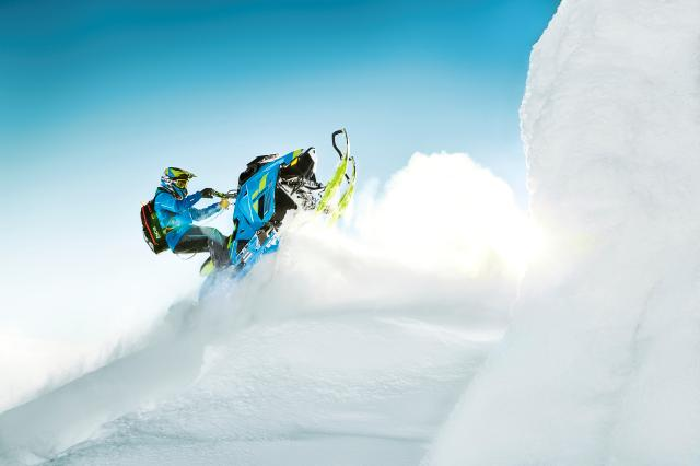 2018 Ski-Doo Summit X 165 850 E-TEC ES, PowderMax Light 3.0 S_LEV in Fond Du Lac, Wisconsin - Photo 12