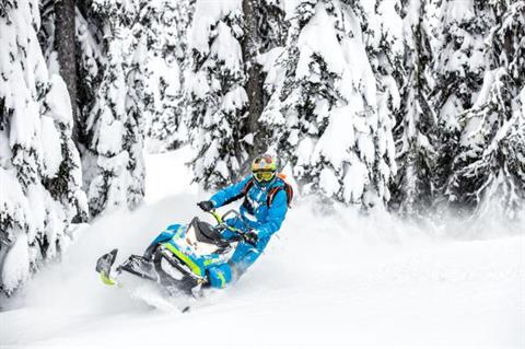 2018 Ski-Doo Summit X 165 850 E-TEC ES, PowderMax Light 3.0 S_LEV in Sierra City, California