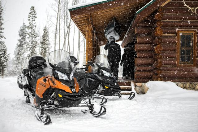 2018 Ski-Doo Grand Touring Sport ES in Moses Lake, Washington
