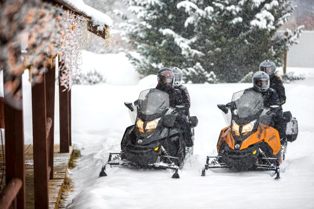 2018 Ski-Doo Grand Touring Sport ES in Zulu, Indiana