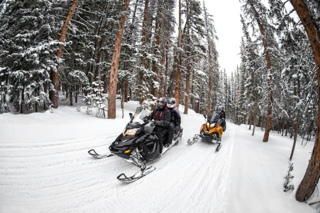2018 Ski-Doo Grand Touring Sport ES in Colebrook, New Hampshire