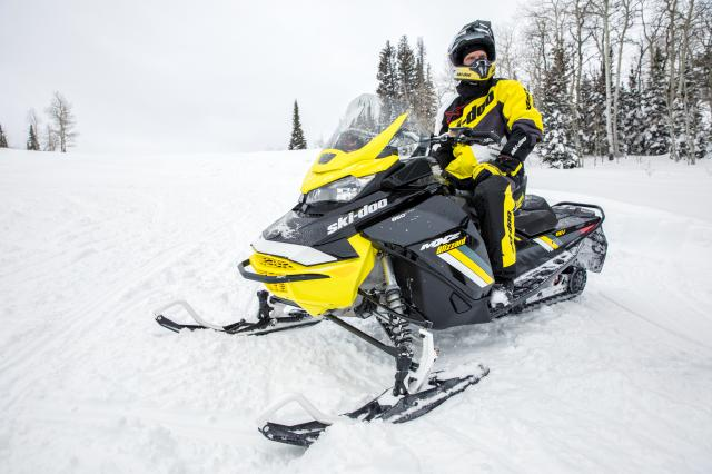 2018 Ski-Doo MXZ Blizzard 1200 4-TEC in Baldwin, Michigan