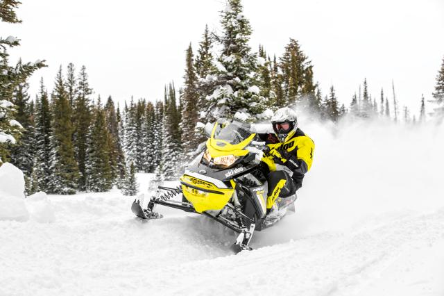 2018 Ski-Doo MXZ Blizzard 1200 4-TEC in Honesdale, Pennsylvania