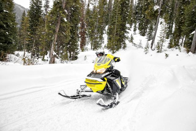 2018 Ski-Doo MXZ Blizzard 600 HO E-TEC in New Britain, Pennsylvania