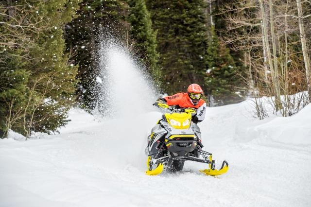 2018 Ski-Doo MXZ X-RS 850 E-TEC Ice Ripper XT 1.25 in Inver Grove Heights, Minnesota