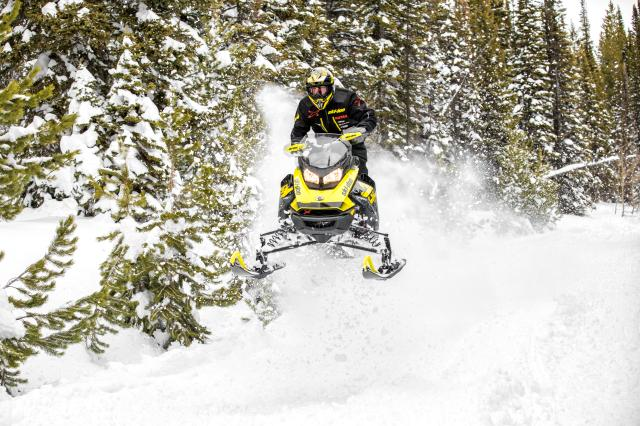 2018 Ski-Doo MXZ X 600 HO E-TEC Ice Ripper XT 1.25 in Boonville, New York