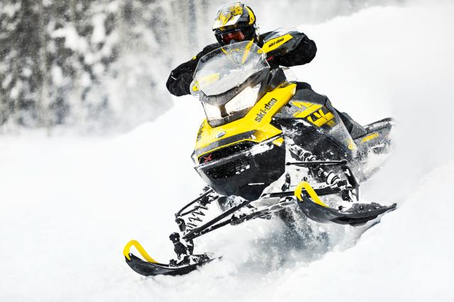 2018 Ski-Doo MXZ X 600 HO E-TEC Ice Ripper XT 1.25 in Clarence, New York