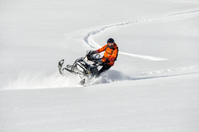 2018 Ski-Doo Renegade Backcountry 600 H.O. E-TEC in Zulu, Indiana