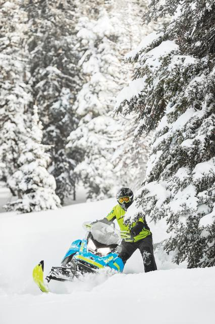 2018 Ski-Doo Renegade Backcountry X 850 E-TEC ES PowderMax 2.0 in Colebrook, New Hampshire