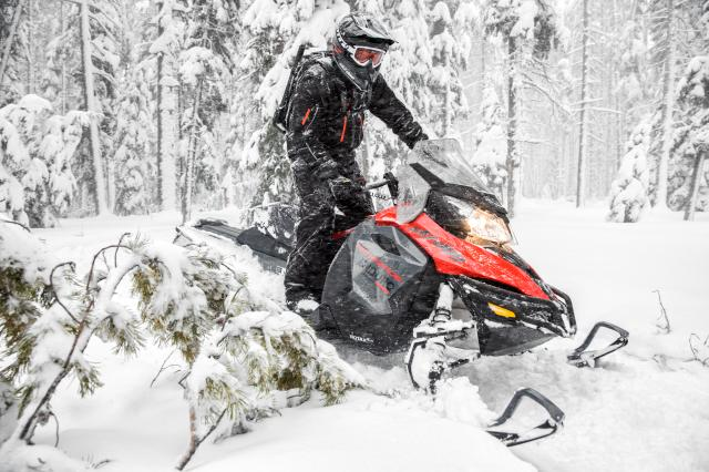2018 Ski-Doo Renegade Enduro 600 HO E-TEC ES in Clarence, New York - Photo 4