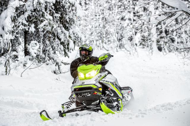 2018 Ski-Doo Renegade X-RS 850 E-TEC ES Ice Cobra 1.6 in Augusta, Maine