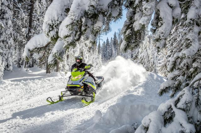 2018 Ski-Doo Renegade X-RS 850 E-TEC ES Ice Cobra 1.6 in Colebrook, New Hampshire