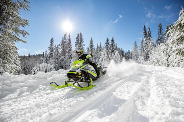 2018 Ski-Doo Renegade X-RS 850 E-TEC ES w/ Adj. Pkg. Ice Cobra 1.6 in Saint Johnsbury, Vermont