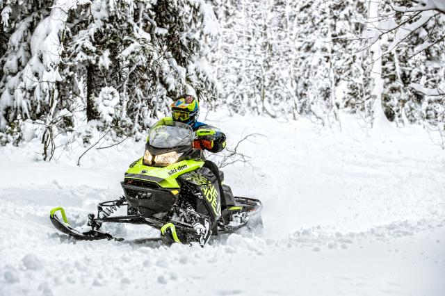 2018 Ski-Doo Renegade X 600 HO E-TEC ES Ice Ripper 1.25 in Presque Isle, Maine