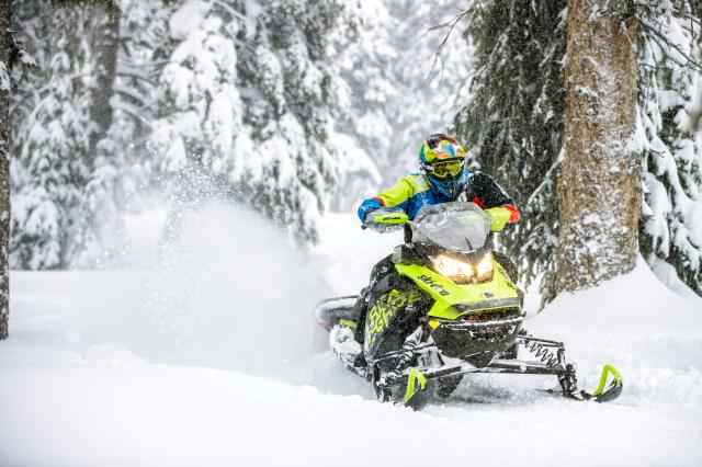 2018 Ski-Doo Renegade X 600 HO E-TEC ES w/ Adj. Pkg Ice Cobra 1.6 in Moses Lake, Washington