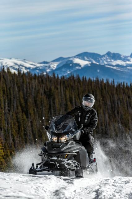 2018 Ski-Doo Expedition SE 1200 4-TEC in Island Park, Idaho