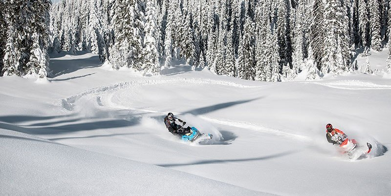 2019 Ski-Doo Summit SP 175 850 E-TEC ES PowderMax Light 3.0 w/ FlexEdge in Island Park, Idaho - Photo 8