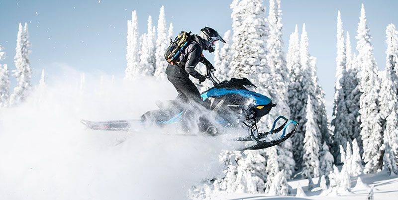 2019 Ski-Doo Summit X 154 850 E-TEC ES PowderMax Light 2.5 w/ FlexEdge SL in Colebrook, New Hampshire