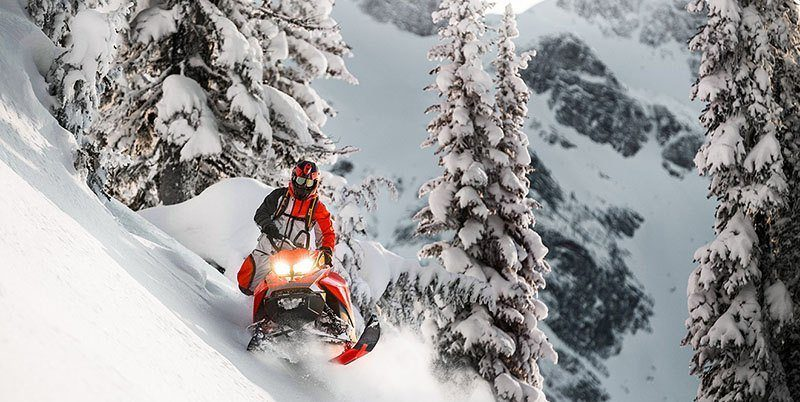 2019 Ski-Doo Summit X 165 850 E-TEC ES PowderMax Light 3.0 w/ FlexEdge SL in Clinton Township, Michigan - Photo 5