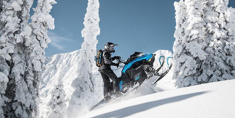 2019 Ski-Doo Summit X 165 850 E-TEC SHOT PowderMax Light 3.0 w/ FlexEdge SL in Hillman, Michigan