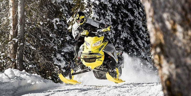 2019 Ski-Doo MXZ X-RS 600R E-TEC Ice Ripper XT 1.25 w / Adj. Pkg. in Colebrook, New Hampshire