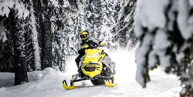 2019 Ski-Doo MXZ X-RS 600R E-TEC Ice Ripper XT 1.25 w / Adj. Pkg. in Hillman, Michigan - Photo 5