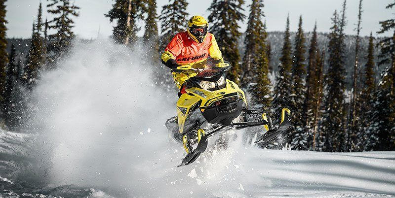 2019 Ski-Doo MXZ X 600R E-TEC Ice Ripper XT 1.25 in Clinton Township, Michigan - Photo 2
