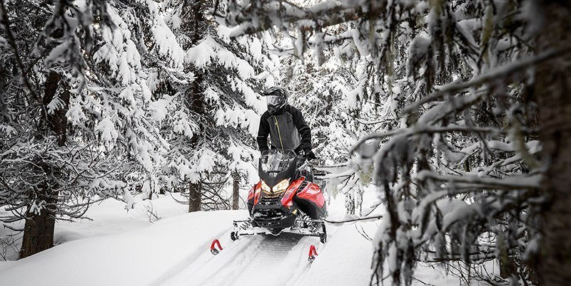 2019 Ski-Doo Renegade X 600R E-TEC Ice Ripper 1.25 w/Adj. Pkg. in Land O Lakes, Wisconsin