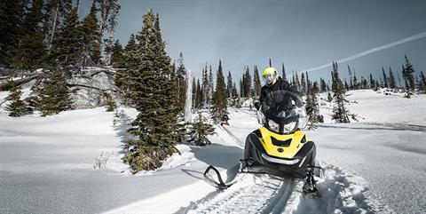 2019 Ski-Doo Expedition SE 600 H.O. E-TEC in Unity, Maine