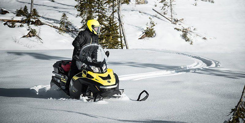 2019 Ski-Doo Expedition SE 600 H.O. E-TEC in Hillman, Michigan