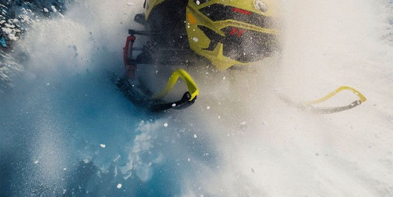 2020 Ski-Doo MXZ X 600R E-TEC ES Adj. Pkg. Ice Ripper XT 1.25 in Wilmington, Illinois - Photo 4