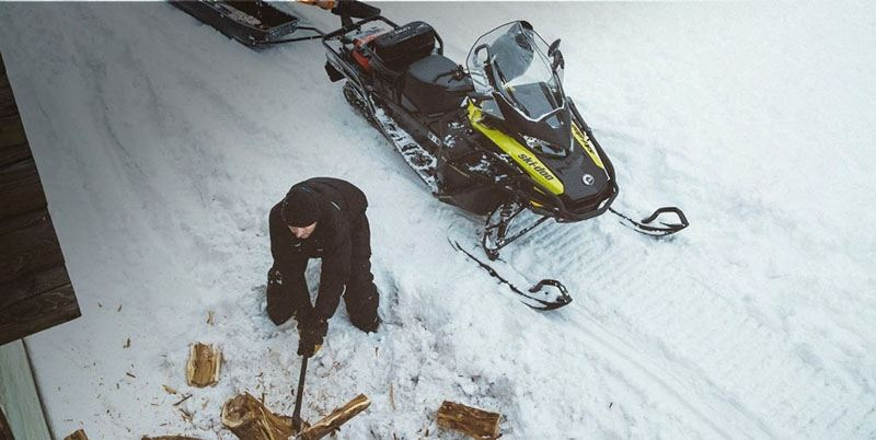 2020 Ski-Doo Expedition SE 154 600R E-TEC ES w/ Silent Ice Cobra WT 1.5 in Unity, Maine - Photo 3