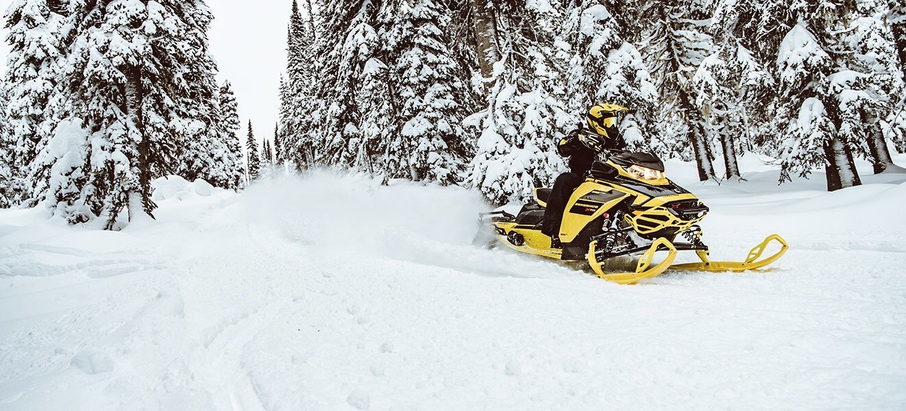 2021 Ski-Doo Renegade X 850 E-TEC ES w/ Adj. Pkg, Ice Ripper XT 1.25 w/ Premium Color Display in Hudson Falls, New York - Photo 3