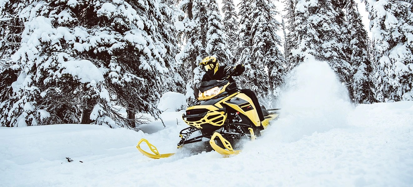 2021 Ski-Doo Renegade X 850 E-TEC ES w/ Adj. Pkg, Ice Ripper XT 1.25 w/ Premium Color Display in Hudson Falls, New York - Photo 4