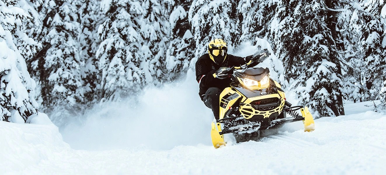 2021 Ski-Doo Renegade X 850 E-TEC ES w/ Adj. Pkg, Ice Ripper XT 1.25 w/ Premium Color Display in Massapequa, New York - Photo 6