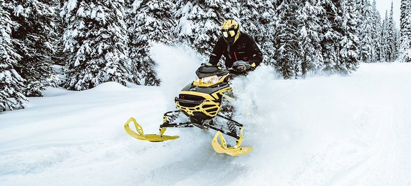 2021 Ski-Doo Renegade X 850 E-TEC ES w/ Adj. Pkg, RipSaw 1.25 w/ Premium Color Display in Woodinville, Washington - Photo 8