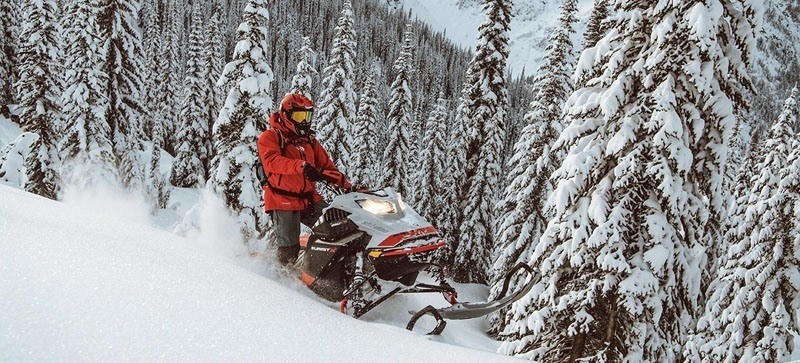 2021 Ski-Doo Summit SP 154 600R E-TEC SHOT PowderMax Light FlexEdge 3.0 in Speculator, New York - Photo 15